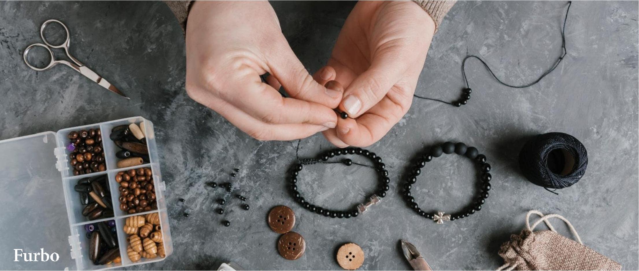 ساخت دستبند در خانه